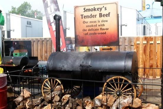 smoking bbq tender beef