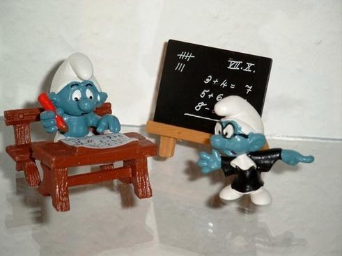 smurfs school teacher