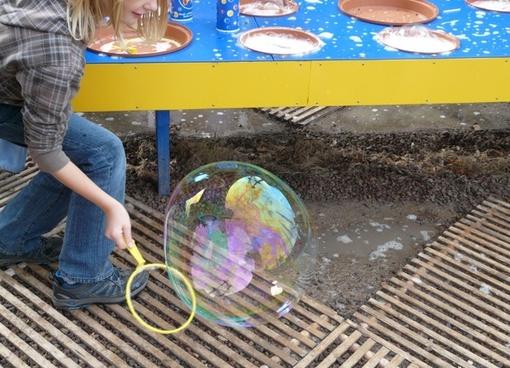 soap bubble child fun