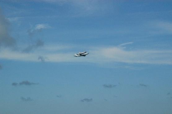 space shuttle piggyback
