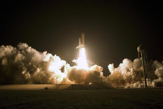 space-shuttle start fire