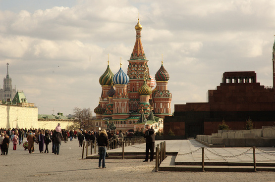 st basils cathedral and lenin on the right