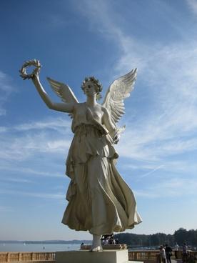 statue angel fig