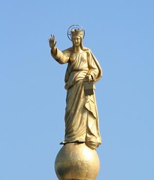statue bronze patron saint