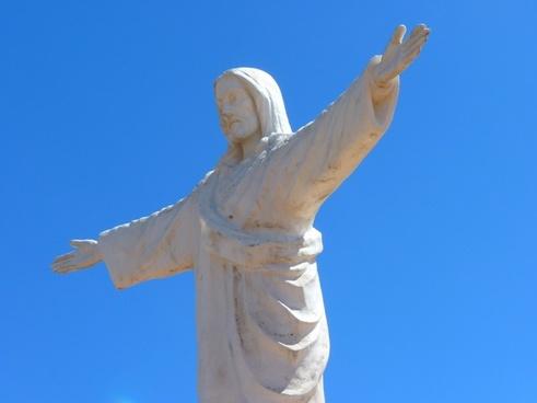 statue jesus fig