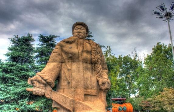 statue of hero in nanjing china