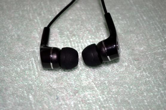 stereo head buds