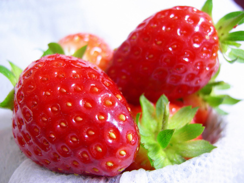 strawberries from the garden clean
