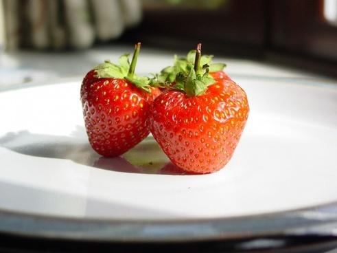 strawberries strawberry fruits