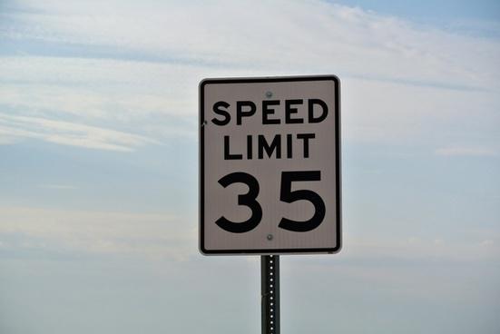 street sign 35 mph