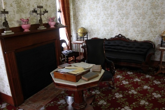 study in lincoln home in springfield illinois