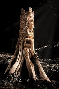 stump sculpture