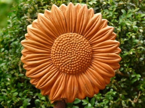 sun flower ceramic reddish