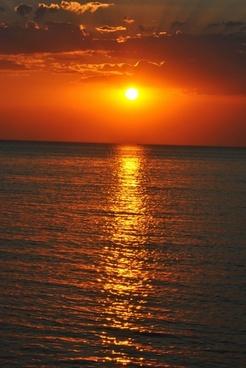 sun sunset rays