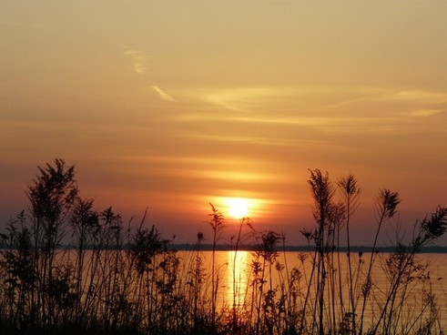 sunrise lake golden