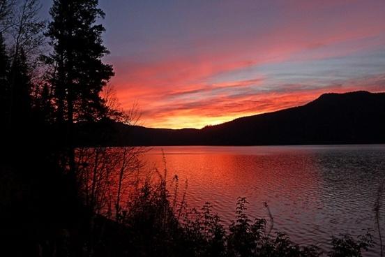 sunrise morning canim lake
