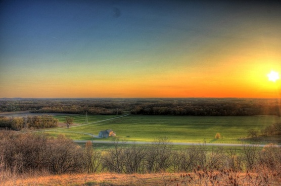 sunset and dusk at kettle moraine south wisconsin