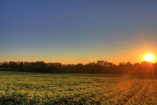 sunset at charles mound illinois