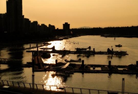 sunset harbour floatplanes