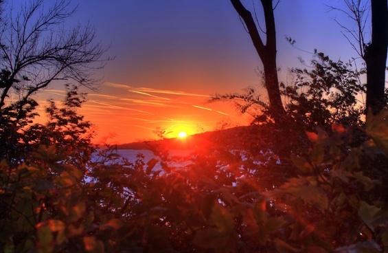 sunset on colorful skies at lake geneva wisconsin