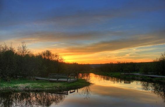 sunset on the horizon in the upper peninsula michigan