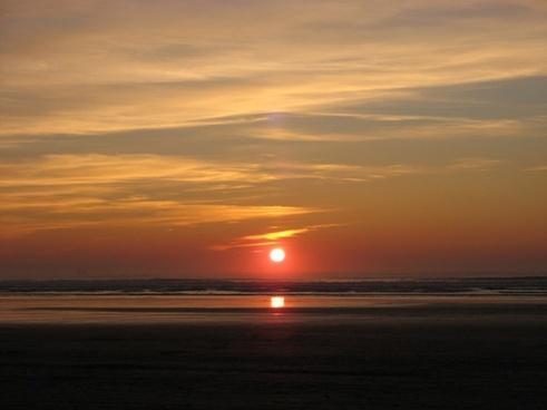 sunset pendine sands wales