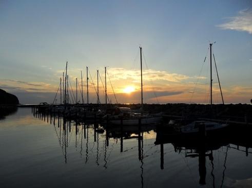 sunset port boats