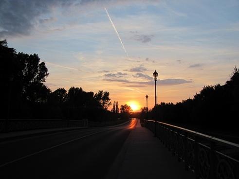 sunset road limit