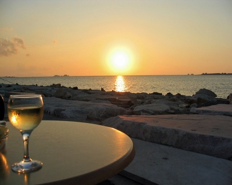 sunset sea wine glass