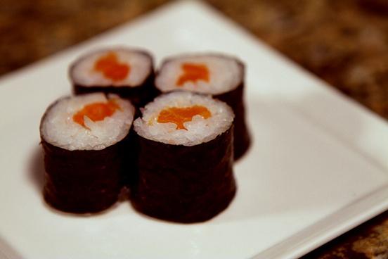 sushi left