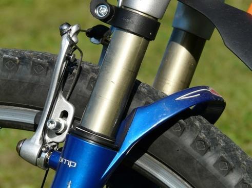 suspension fork damping wheel