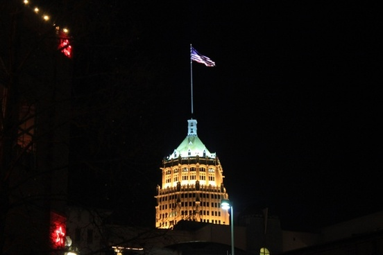 tall building in san antonio texas