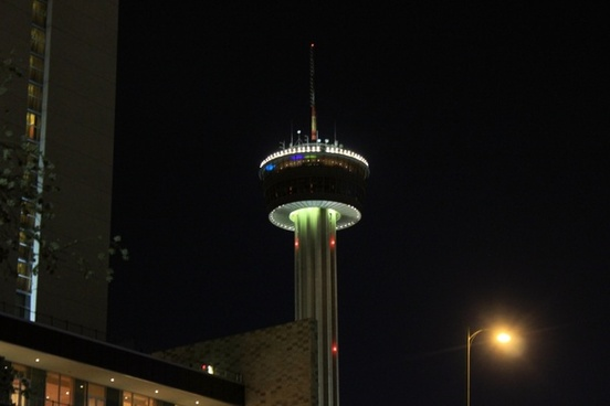 tall tower at night in san antonio texas