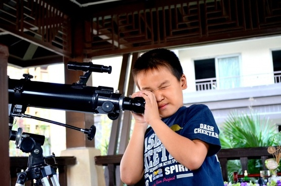 telescope boy young