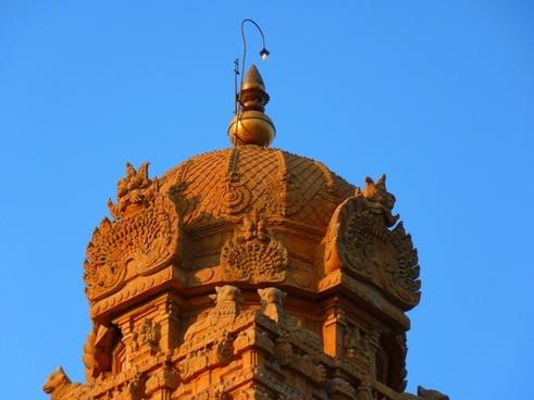 temple dome brihadeshwara templ
