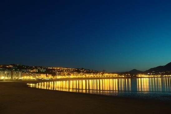 the concha bay san sebastian lights