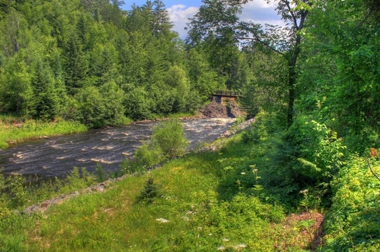 the flowing river at copper falls state park wisconsin