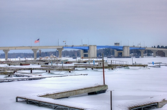 the frozen marina in sturgeon bay wisconsin