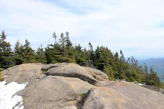 the peak of giant mountain new york