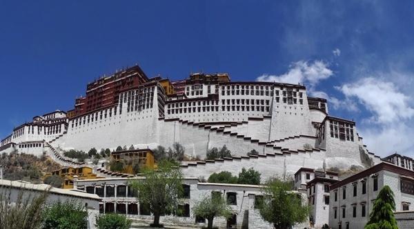 tibet potala palace buildings