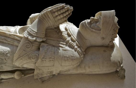 tomb sculpture monument