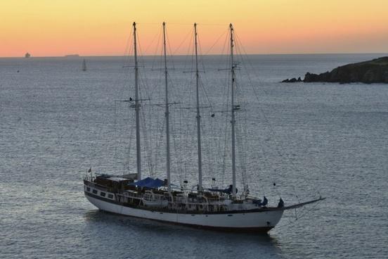 tortola sailing vessel mast