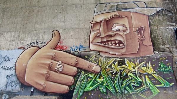 toulouse france graffiti