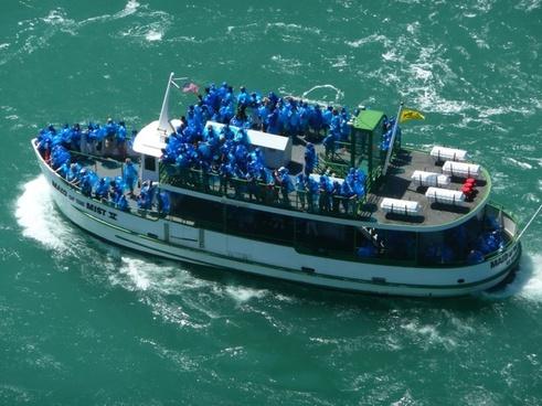 tourist boat niagara fall toronto