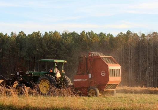 tractor hay baler baling machine