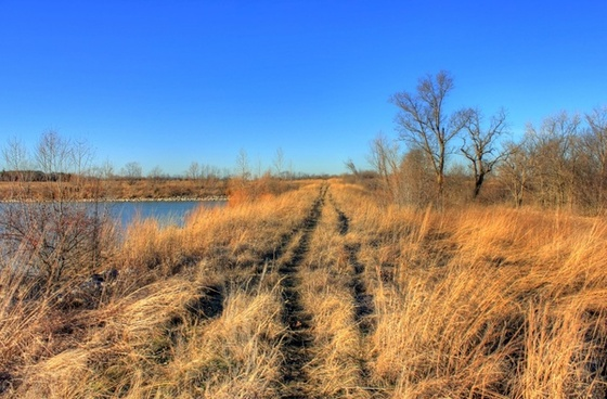 trail near the lake at weldon springs state natural area missouri