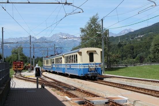 train railway mountains