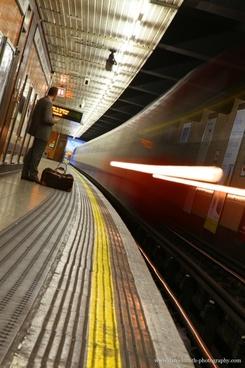 train underground london