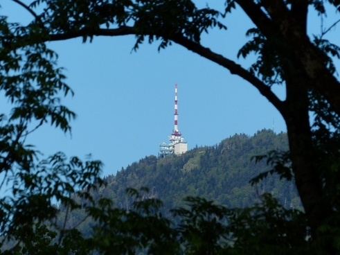 transmission tower transmitting antenna mountain