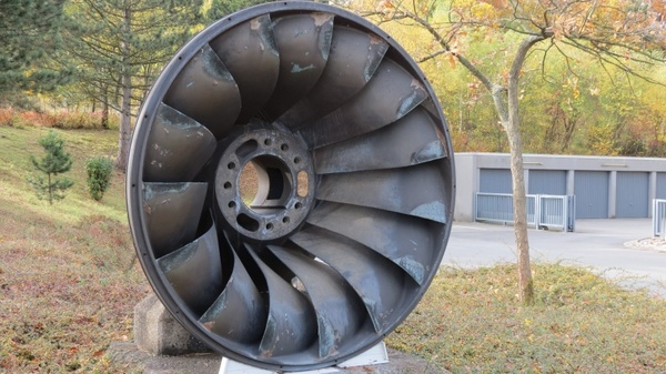 turbine wheel water turbine drive